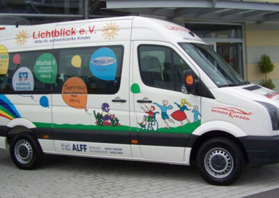 Lichtblick Bitburg e.V. stellt ihnen einen 9-Sitzer Bus zur Verfügung
